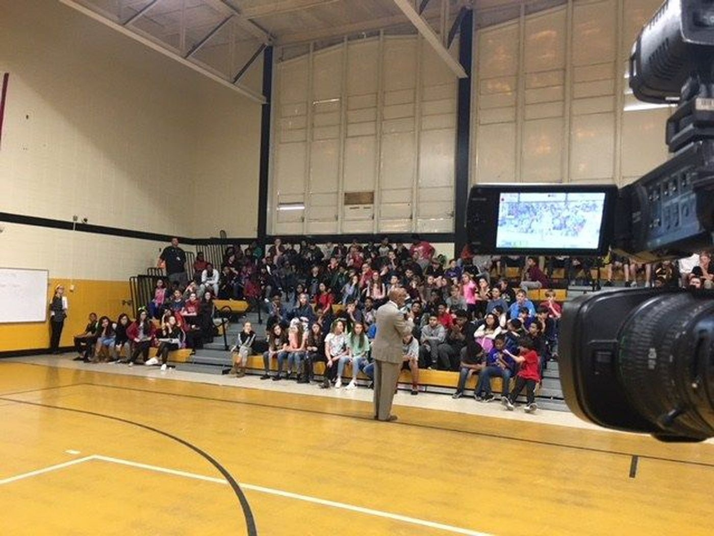 D'iberville Middle School Students Learn Compassion, Kindness_D'iberville Middle School Calendar